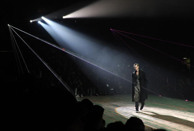 Y-3-2010-fall-winter-runway-show-1