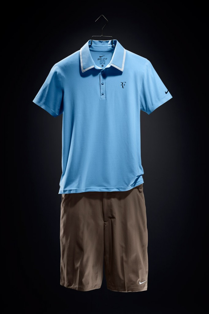 Roger_Federer_2010_US_Open_outfit_03-682x1024