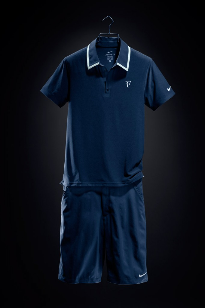 Roger_Federer_2010_US_Open_outfit_04-682x1024